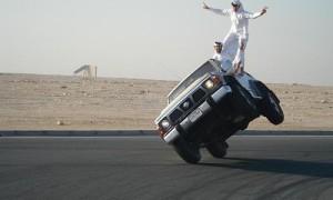arab_car_surfing-500x300
