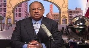 Harlem-pastor-James-David-Manning-YouTube-800x430