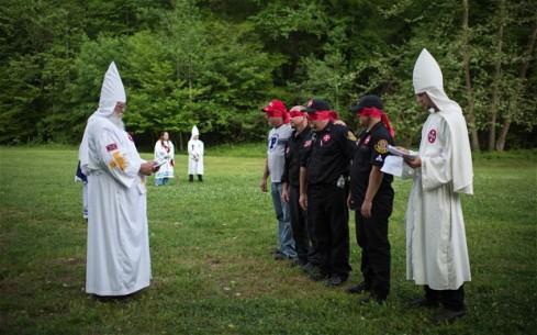 KKK-ceremony_2661628b