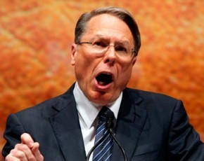 Wayne-LaPierre-the-French-gun-nut-e1356371930621